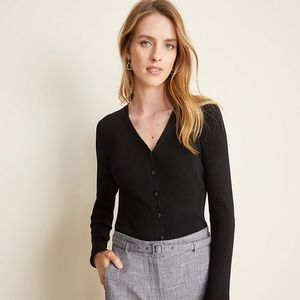 Long sleeve ribbed cardigan with buttons